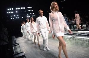 lacoste-spring-2014-new-york-fashion-week-IMG-runway-500x327